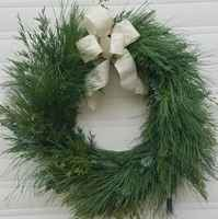 Wreath_with_bow
